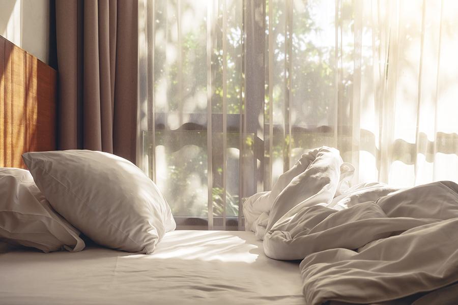 Donsdeken wassen: tips om uw dons fris en fluffy te houden